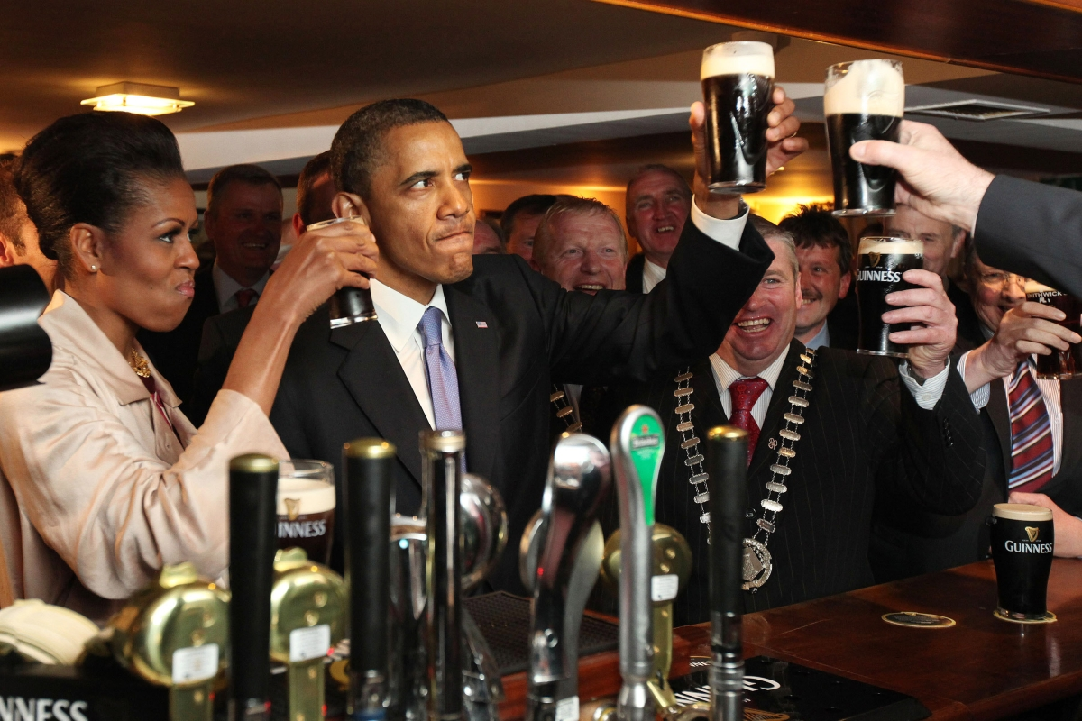 Video Brochures - A Beer with President Obama